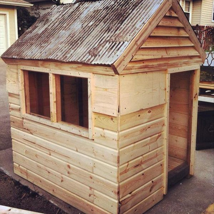 Wooden Pallet Kids Playhouse Plans Recycled Things Image