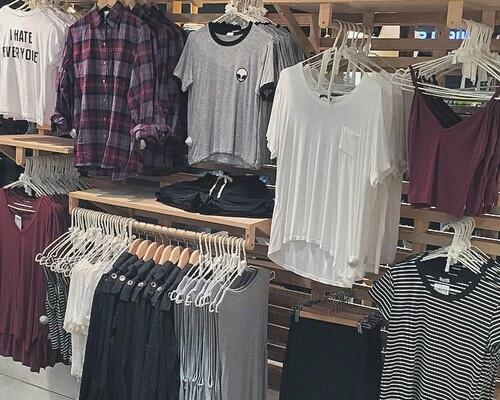 Tumblr clothes stores