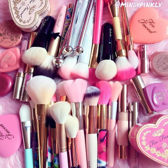 beauty, blushes, brushes, corazon, fashion, glam, heart, hearts, lipstick, lipsticks, make up, make-up, makeup, makeup brushes, maquiagem, maquillage, maquillaje, moda, pastel, pink, rosa, rose, too faced, trucco, love_lane27, مکین مشکل میں