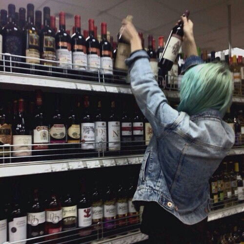 aesthetic, alcohol, alternative, fun, girl