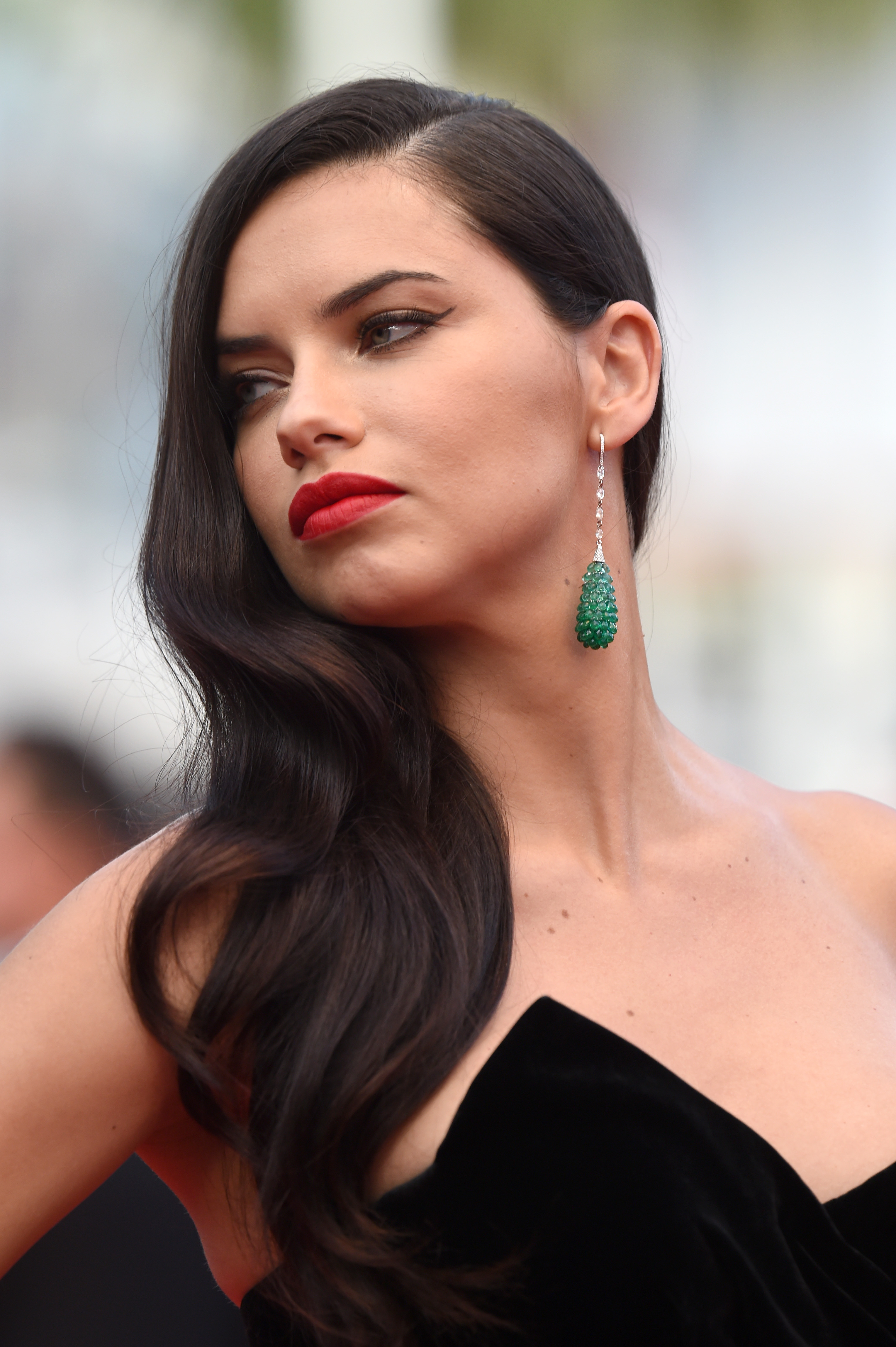 adriana lima, hairstyle, lips, makeup, models