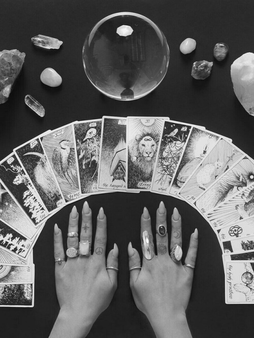 black and white, blackandwhite, cards, horror, magic